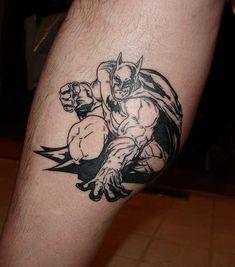 50 Best Batman Tattoo Designs and Ideas - Beste Tattoo Ideen Batman Logo Tattoo, Superman Tattoos, Weird Tattoos, Leg Tattoos, Black Tattoos, Sleeve Tattoos, Tattoo Off, Tattoo Bein, Upper Back Tattoos