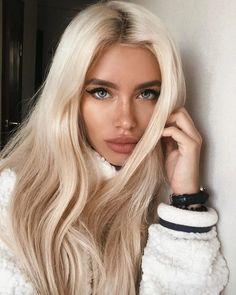 Best of blonde balayage sleek straight hairstyles ideas for 2020 13 Hair Blond, Bleach Blonde Hair, Blonde Hair Looks, Platinum Blonde Hair, Ash Blonde, Long Blonde Wig, Blonde Afro, Blonde Hair Makeup, Blonde Hair Blue Eyes