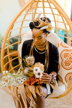 This wedding inspo adds some earthy vibes to a modern minimalist shoot Wedding Pins, Wedding Blog, Wedding Themes, Our Wedding, Wedding Ideas, African Colors, South African Weddings, Modern Wedding Inspiration, Bride Bouquets
