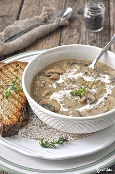 Τραχανόσουπα με καραμελωμένα κρεμμύδια & μανιτάρια / Trahana soup with caramelized onions & mushrooms Vegetarian Cooking, Fun Cooking, Cooking Recipes, Healthy Recipes, Caramelized Onions And Mushrooms, Stuffed Mushrooms, Healthy Nutrition, Healthy Eating, Veggie Soup