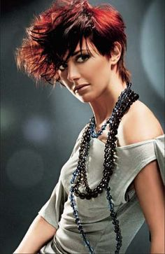 Hairstyle - short, Hair: Chema Lucena, Brand: Elgon Professional Cut And Color, Short Hair Styles, Pearl Necklace, Hairstyle Short, Image, Fashion, Bob Styles, String Of Pearls, Moda