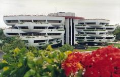 The EDRC building of the L&T is a new initiative that ought to be well appreciated. The #EDRC #building is a result of L&T's initiative to have a green building within its campus. @agniestates