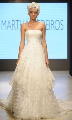 Vestido de noiva tomara que caia é o preferido das internautas do UOL; veja 25 opções - Casamento - UOL Mulher By Martha Medeiros