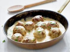 Ikea just released their famous recipe for Swedish Meatballs. Melt-in-your mouth meatballs covered in a creamy gravy that goes perfectly on top of your favorite pasta. Swedish Meatball Recipes, Swedish Recipes, Hungarian Recipes, Real Food Recipes, Healthy Recipes, Famous Recipe, Create A Recipe, Ikea, Tasty Dishes