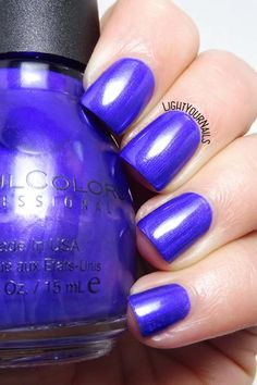 Smalto Sinful Colors Let's Talk nail polish #nails #unghie #lightyournails http://www.lightyournails.com/2017/10/sinful-colors-lets-talk.html