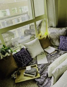 14 Prodigious Minimalist Christmas Decor 2020 Astonishing Ideas.Home Interior Traditional   #cozybedroom #cozyfallaesthetic #cozybedroomideas seriously how to create a study nook/bedroom for your apartment on A BUDGET!! Photo credit: me!! Theplantbasedbabe! French Home Decor, Indian Home Decor, Easy Home Decor, Cheap Home Decor, Cozy Bedroom, Home Decor Bedroom, Entryway Decor, Study Nook, Cheap Wall Decor