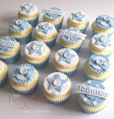 Baby shower cupcakes unisex galleries 57 ideas - All You Need To Know About Baby Shower Christening Cupcakes Boy, Baby Shower Cupcakes For Boy, Baby Cupcake, Cupcakes For Boys, Baby Shower Cookies, Boy Christening, Rose Cupcake, Baby Baptism, Cake Baby