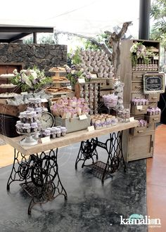 "www.kamalion.com.mx - Mesa de Dulces / Candy Bar / Postres / Lila & Gris / Lilac & Gray / Vintage / Rustic Decor / Cake Pops / Flores / Decoración / Máquina de coser / Cajones. ~ You can REALLY tell that, the designer has MUCH PASSION for their, ""JOB""! So far, they've ROCKED ALL of their AMAZING DESIGNS!!!+!"