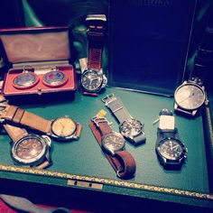 It's like a museum .... If u a vintage watches lover , u must go there !!  #panerai #rolex #heuer #3646 #militarysubmariner #5517 #militarywatches #vintagepanerai #vintagewatches @thevintageconcept