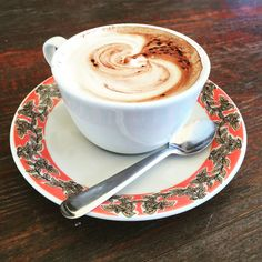Start the week with a #coffee kick... #MondayMotivation #coffeetime #cappuccino