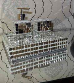 Kit Lavabo/banheiro (bandeja/saboneteira Liquida Etc...) - R$ 180,00