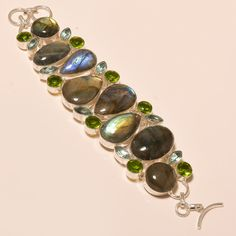 MARVELOUS LABRADORITE WITH FACETED PERIDOT - 925 SILVER JEWELRY BRACELET…