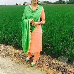 Punjabi Salwar Suits, Punjabi Dress, Indian Salwar Kameez, Patiala Suit, Churidar, Simple Indian Suits, Punjabi Suit Neck Designs, Suits For Women, Clothes For Women