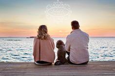 Google Image Result for http://www.lindseykphotography.com/wp-content/uploads/2011/12/engagement-with-dog-beach-portrait.jpg