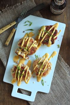 IPA Crab Cakes with Spicy Beer Hollandaise Sauce from @Megan Ward {Country Cleaver}
