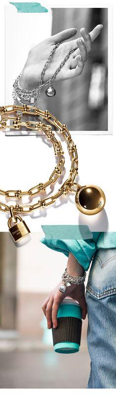 Tiffany OFF! Tiffany HardWear on Elle Fanning in our newest campaign. Tiffany Key, Tiffany Jewelry, Bracelet Tiffany, Leather Necklace, Boho Necklace, Leather Jewelry, Beaded Jewelry, Elsa Peretti, Elle Fanning