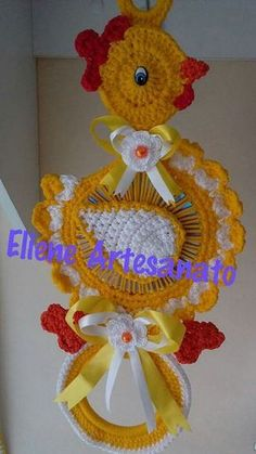 Photo from album Crochet Home Decor, Crochet Crafts, Crochet Projects, Crochet Potholders, Crochet Doilies, Handmade Crafts, Diy And Crafts, Old Cd Crafts, Crochet Towel Topper