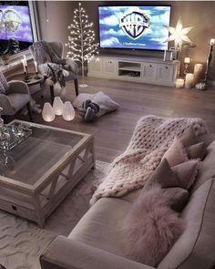 #salon #deco #canape #table #basse #livingroom #decoration #agencement #cocooning #chaleureux #couleur #peinture #tapis #moderne
