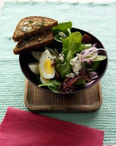 Spinach Salad with Turkey Bacon and Blue Cheese Recipe