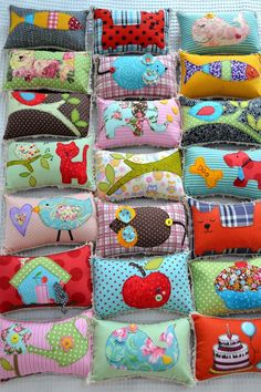 Мотивация patchwork, sewing projects и sewing crafts. Diy And Crafts Sewing, Diy Crafts To Sell, Sewing Projects, Fabric Toys, Fabric Crafts, Craft Wedding, Crafts For Teens, Craft Videos, Pin Cushions
