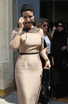 Sheikha Mozah bint Nasser Al Missned, wife of Emir of Qatar Sheikh ...