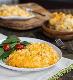 One of my fb buddies posted that this is super good...Trisha Yearwood's Slow Cooker Mac and Cheese
