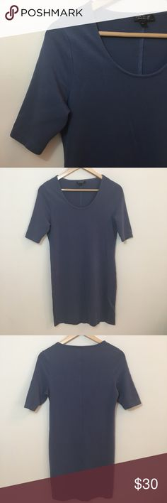 "TopShop Jersey Dress in Sz. 12 EUC TopShop Jersey Dress in size 12.  75% viscose  22% polyamide  3% elastic  Chest: 34"" Length: 33.75"" Topshop Dresses Midi"