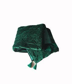 King Size Duvet Covers, White Duvet Covers, Quilted Christmas Gifts, Christmas Sale, California King Quilts, Velvet Duvet, Green Queen, Queen Size Quilt, Green Velvet