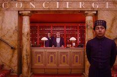"""""""El gran hotel Budapest"""": Hablemos de amistad  Una película inspirada en el universo literario del escritor austriaco Stefan Zweig galardonada con 4 Oscar"""