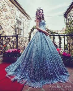 """29.7k Likes, 217 Comments - L I F E S T Y L E (@dressmybff) on Instagram: """"YAY OR NAY? 😱💙 #Dress Tag Someone Who'd Love This 👸🏼"""""""