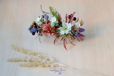 Woodland hair Floral berries comb Woodland wedding flower head piece Forest bridal comb Forest fairy hair accessory