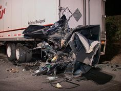 South Carolina Truck Accident News: Motorists Trapped Under Tractor-Trailer