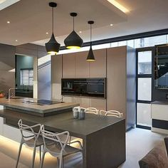 #ThrowbackThursday incredible to this open plan kitchen in Waterfall Village. Thoroughly enjoyed designing this kitchen.  Visit www.linearconcepts.co.za to view our kitchen designs.  #exclusivekitchens #cookingwithease #kitchentrends #kitchentrends2020 #linearconcepts #minimalistlighting #minimalistkitchens #luxurykitchens #kitchendesigns #kitchentrends #luxurydesigns #luxuryliving #italiankitchens #dreamkitchens #exclusivekitchens #bespokekitchens #contemporarykitchens #designerkitchens… Bespoke Kitchens, Luxury Kitchens, Modern Kitchens, Kitchen Trends, Kitchen Designs, Open Plan Kitchen, Luxury Living, Interior Design, House