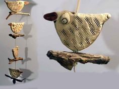 4 Vögel auf Treibholz - Fensterhänger, Keramik 1268