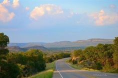 Texas Hill Country - Hwy 16 between Llano & Kerrville (photo: Jackie Vallejo)