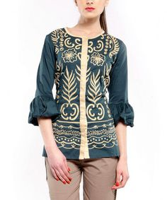 Take a look at this Green Garden Puff Sleeve Button-Up Top by Almatrichi on #zulily today!