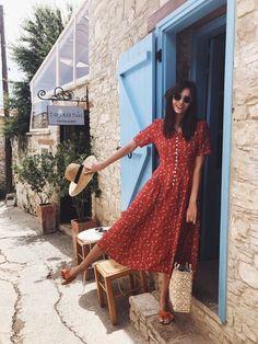 4a40e1ec284ac Shopping   les jolies robes d été fleuries. Midi Summer DressesSummer Floral  ...