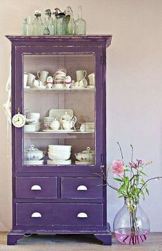 14 a shabby chic violet cupboard - just take a vintage piece and paint it violet - DigsDigs Purple Furniture, Colorful Furniture, Painted Furniture, Deco Violet, Furniture Makeover, Diy Furniture, Antique Furniture, Purple Cabinets, Lavender Cottage