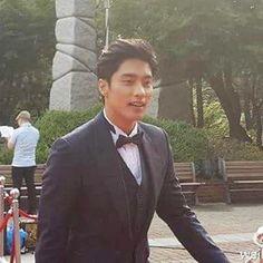 [ 1/3 ] #sungHoon updated #weibo today #sungHoon attends #seoul Drama Awards 2016 .. .. .. .. #성훈 @sunghoon1983 hi hi #ソンフン#roi#방성훈#成勋 #成勛#sunghoon1983 #우리동네예체능#coolkizontheblock #신기생뎐#newtalesofgisaeng #신의#greatdoctor #가족의탄생 #보디가드#bodyguard #열애#passionatelove #고결한그대 #noblemylove #오마이비너스#ohmyvenus #아이가다섯#FiveChildre