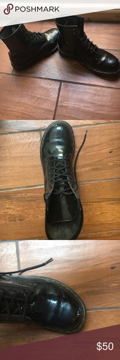 Patent leather doc martens Patent leather doc martens. These shoes have been loved but still have so much life in them. There are some scuffs that add character to them and make them look more casual and worn in. The soles are in great condition. Size 9 Dr. Martens Shoes Combat & Moto Boots