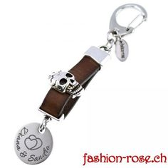 Schlüsselanhänger Anhänger TOTENKOPF mit Gravur -   Accessoires bestellen kaufen Mens Fashion, Personalized Items, Skull And Crossbones, Guy Presents, The Last Song, Stainless Steel, Silver, Leather, Man Fashion