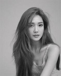 Check out Girls Generation @ Iomoio Kim Hyoyeon, Yoona, Jessica Snsd, Jessica Jung Fashion, Ex Girl, Tiffany, Girl's Generation, Girls Generation Jessica, Retro Wedding Hair