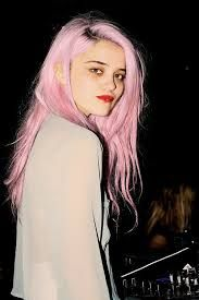 Sky Ferreira pink hair regrowth red lip