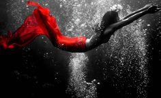 Underwater Swim Girl Wallpaper