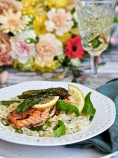 My Cookbook, Salmon Burgers, Risotto, Meat, Chicken, Dinner, Ethnic Recipes, Dining, Food Dinners