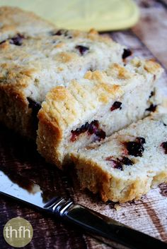 Clean Eating Gluten-Free Vegan Cranberry Orange Bread...vegan, gluten-free, dairy-free, egg-free, nut-free and contains no refined sugar | The Healthy Family and Home