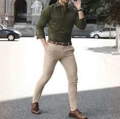 Summer mens fashion mens outfits offers i Formal Men Outfit, Casual Outfits, Fashion Outfits, Fashion Clothes, Casual Dresses, Best Street Style, Street Styles, Street Style Inspiration, Olive Shirt