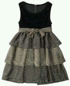 . Little Dresses, Little Girl Dresses, Cute Dresses, Girls Dresses, Little Girl Fashion, Kids Fashion, Robes Vintage, Kids Frocks, Frock Design