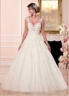 comprar Vestidos de escote una línea elegante de la boda de tul con cuello en V con apliques de encaje de descuento en Dressilyme.com