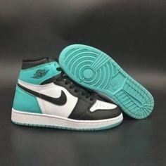 Cute Nike Shoes, Cute Sneakers, Shoes Sneakers, Women's Shoes, Shoes Style, Shoes Jordans, Jordan Sneakers, Air Jordans, Jordan Shoes Girls
